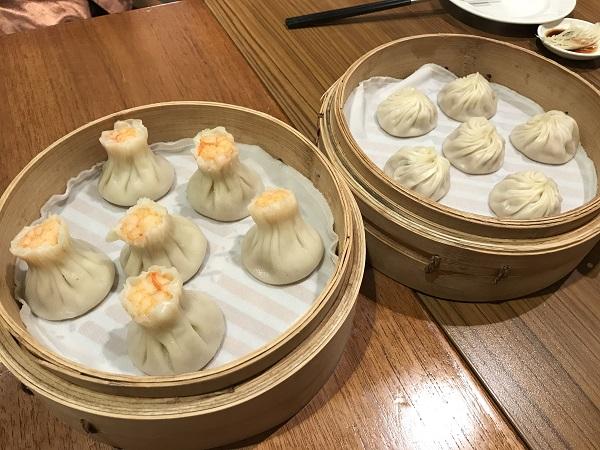 鼎泰豐(ディンタイフォン)のシュウマイと小籠包