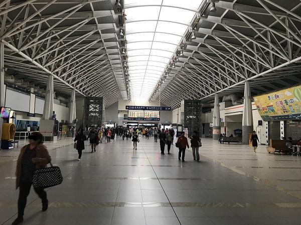 台湾鉄道の新烏日駅