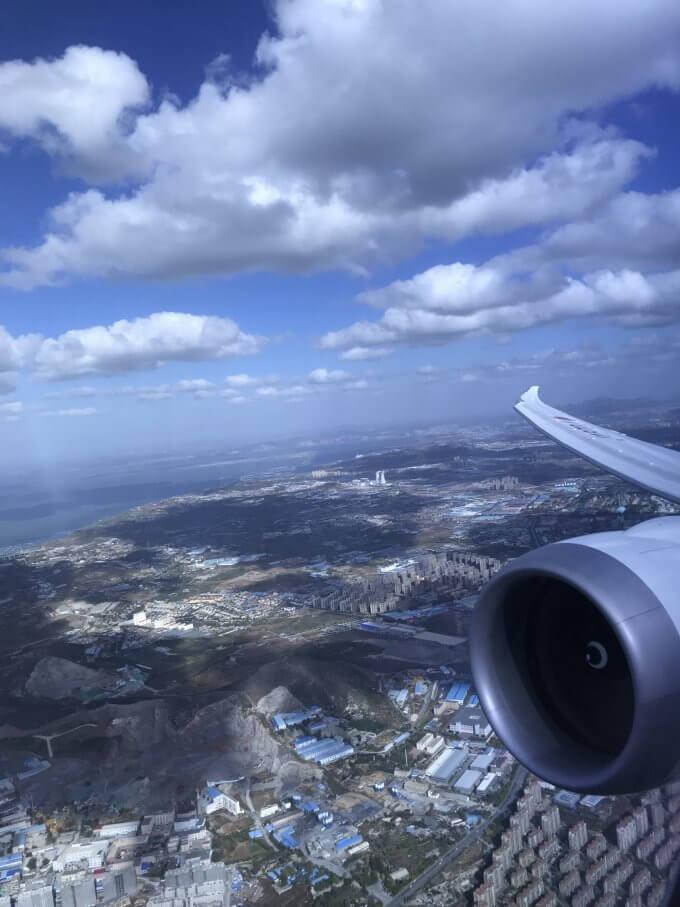 大連空港を離陸