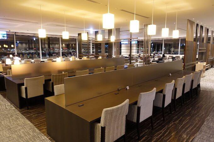 羽田空港国際線ターミナルのサクララウンジ