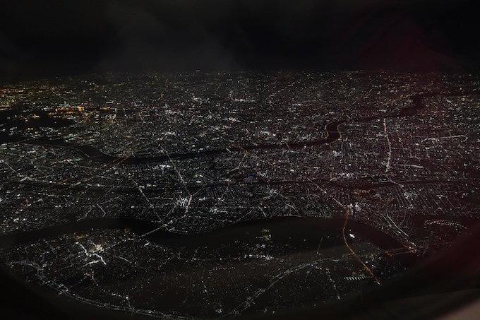 羽田空港を離陸した飛行機から見たい夜景